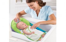Summer Infant  Deluxe Baby Bather with Warming Wing