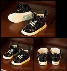 Fashion Kids - Sepatu Black Wing